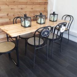 table en bois evenement